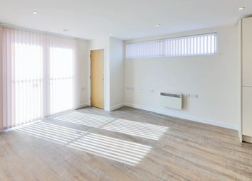 Thumbnail 2 bedroom flat to rent in 3 Queensway, Southampton
