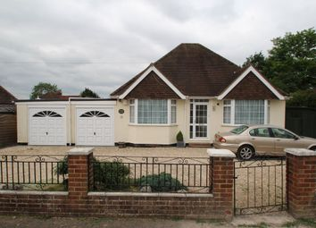 Thumbnail 3 bed detached bungalow to rent in Cranbourne Avenue, Calcot, Reading
