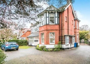 2 bed flat to rent in 2 Westminster Road East, Poole BH13