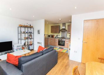 248 Tredegar Road, London E3. 1 bed flat for sale