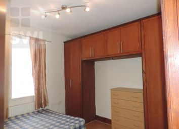 Thumbnail 2 bedroom flat to rent in Glenroy Street, Cardiff
