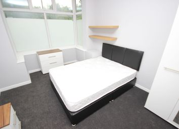 4 bed property to rent in Gerald Road, Salford M6