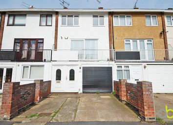 Thumbnail 4 bed town house to rent in The Gore, Basildon