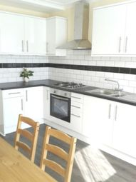 Thumbnail 3 bedroom flat to rent in Norfolk House Road, Streatham Hill