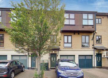 Constable Avenue, London E16. 3 bed town house