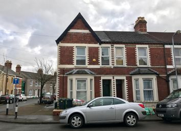 Thumbnail 1 bed flat for sale in Lyndhurst Street, Cardiff