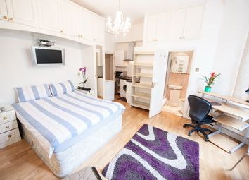 Thumbnail Studio to rent in Cromwell Road, Earl's Court