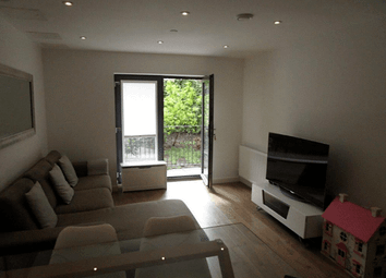 Charter Court, Pinner, London HA5. 2 bed flat for sale