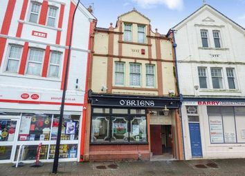 Thumbnail Pub/bar for sale in Holton Road, Barry