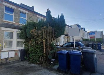 Thumbnail 2 bedroom maisonette to rent in Victoria Road, New Barnet, Barnet