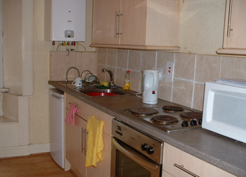 Thumbnail 2 bedroom flat to rent in Drumdryan Street, Tollcross, Edinburgh, 9La