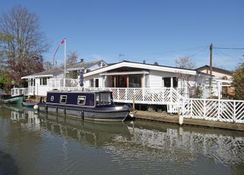 Thumbnail 4 bed property for sale in Trowlock Island, Teddington
