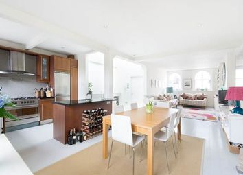 Thumbnail 3 bedroom flat to rent in Kensington Gardens Square, London