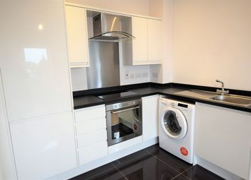 Thumbnail 1 bedroom flat to rent in Knoll Road, Camberley