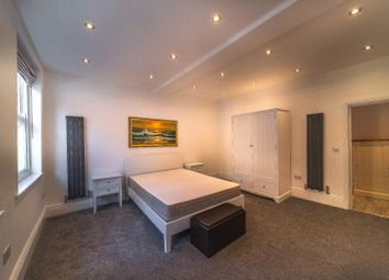Thumbnail 1 bed property to rent in Norfolk Row, Sheffield