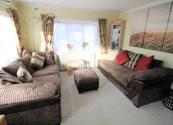 Thumbnail 2 bed mobile/park home for sale in Langley Common Road, Barkham, Wokingham
