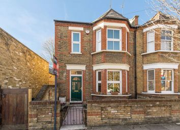 2 bed property to rent in Tolverne Road, London SW20