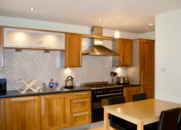 2 bed flat to rent in West Tollcross, Edinburgh EH3