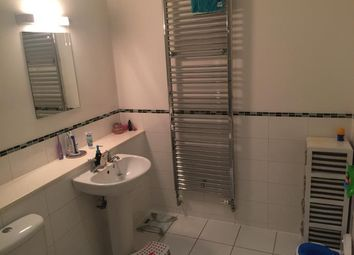 Thumbnail 2 bed flat to rent in Chandlers Lane, Dundee