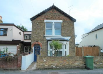Thumbnail 2 bed flat to rent in Pickford Road, Bexleyheath, Kent