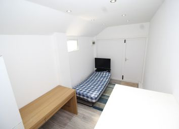 Thumbnail Studio to rent in Kent House Road, Beckenham, Kent