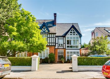 Thumbnail 2 bedroom flat to rent in Grove Park Road, Chiswick