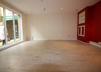 Retail premises to let in Arlingham Mews, Waltham Abbey EN9