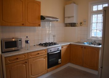 1 bed flat to rent in Cranbrook Road, Ilford IG2