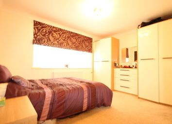 Thumbnail 2 bed flat to rent in Glebelands Avenue, Ilford