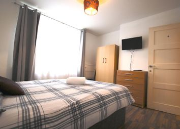 Room to rent in Boyd Street, London E1