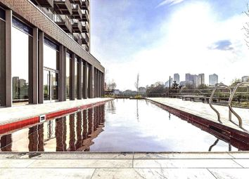 3 bed flat for sale in London City Island, London E14