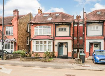 Old Park Ridings, London N21 property