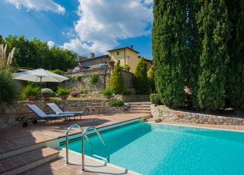 Thumbnail 5 bed villa for sale in Villa Vignoble, San Gimignano, Siena, Tuscany, Italy