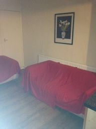 Thumbnail 3 bed flat to rent in Grove Green Road, Leyton