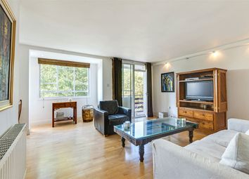 Thumbnail 3 bed flat for sale in Lindfield Gardens, Hampstead