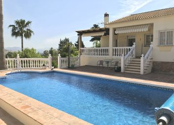 Thumbnail 3 bed villa for sale in Spain, Málaga, Coín