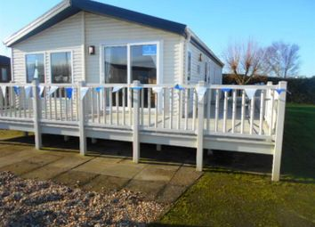 Thumbnail 2 bedroom mobile/park home for sale in Manor Road, Hunstanton