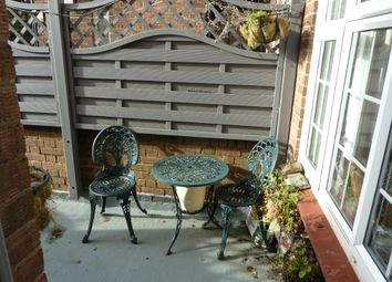 Thumbnail 3 bed maisonette to rent in Walton Road, East Molesey