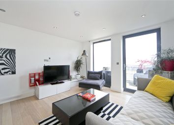 Thumbnail 3 bed flat to rent in Fairfield Road, Bow