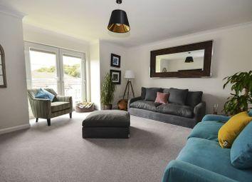 Thumbnail 2 bedroom flat for sale in Bankwood Drive, Kilsyth, Glasgow