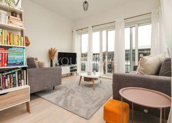 Thumbnail 2 bed flat to rent in Riverside Close, Romford