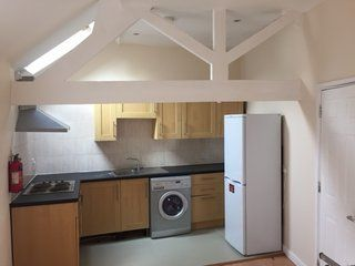 Thumbnail Studio to rent in Market Place, Leicester
