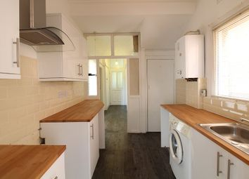 Thumbnail 1 bed flat to rent in Crowstone Road, Westcliff-On-Sea, Essex