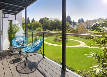 Vicinia, Deanfield Avenue, Henley-On-Thames, Oxfordshire RG9. 2 bed flat