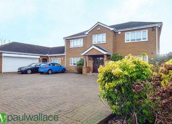 Thumbnail 4 bed detached house to rent in Hammondstreet Road, Cheshunt, Waltham Cross