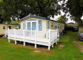Thumbnail 2 bedroom mobile/park home for sale in Rockley Park Holiday Centre, Napier Road, Dorset