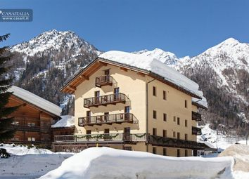 Thumbnail Hotel/guest house for sale in Gressoney, Valle D'aosta, It