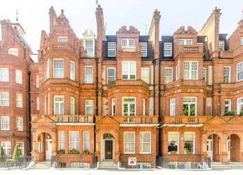 Thumbnail 3 bed flat to rent in Lower Sloane Street, Chelsea