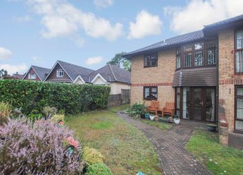 2 bed property for sale in Pine Drive, Southampton SO18