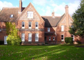 Thumbnail 1 bed flat to rent in Haywood Court, Reading, Berkshire